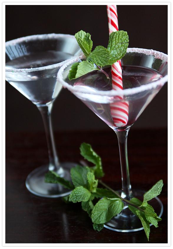 Vanilla Peppermint Martini - Muy Bueno Cookbook